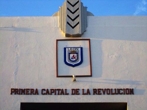 Ville de León, ¡Viva la revolución!